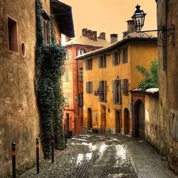 Jigsaw puzzle: The streets of old Saluzzo