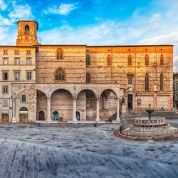 Jigsaw puzzle: Square in Assisi