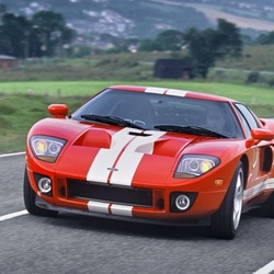 Jigsaw puzzle: Sporty Ford gt 40 2004