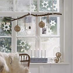 Jigsaw puzzle: Window decor