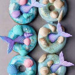 Jigsaw puzzle: Mermaid donuts