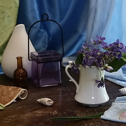 Jigsaw puzzle:  Still life with violets