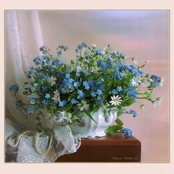 Jigsaw puzzle: Bouquet with forget-me-nots