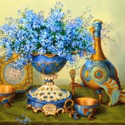 Jigsaw puzzle:  Forget-me-nots in a porcelain vase