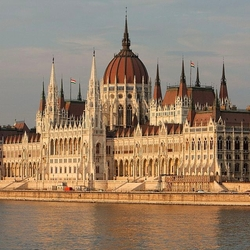 Jigsaw puzzle: Hungarian Parliament Building
