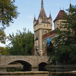 Jigsaw puzzle: Castle in Hungary