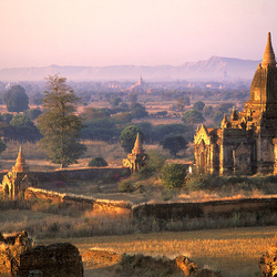 Jigsaw puzzle: Ancient city of Pagan, Burma