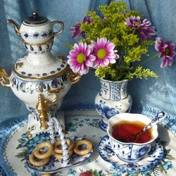 Jigsaw puzzle: Tea drinking